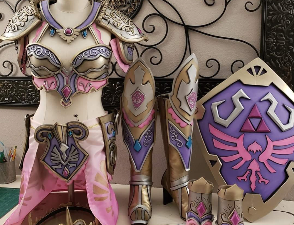 Shut up and Take my Rupees! @cosplayandcrafting Re-Imagines The Hero of Hyrule